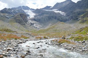 33ピッツカンブレナ カンブレナ氷河ー3 のコピー.jpg