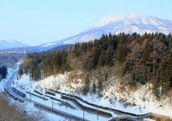 76FI6A7483黒姫山しなの鉄道・信越大橋俯瞰.jpg
