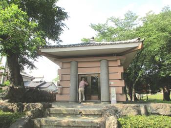 多胡碑記念館7 のコピー.jpg