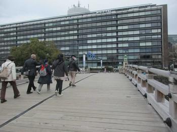 平川橋から毎日新聞社 のコピー.jpg