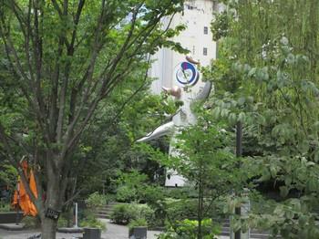 数寄屋橋公園太陽の塔 のコピー.jpg