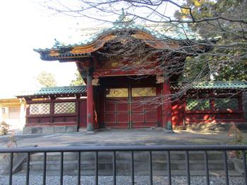 第五代将軍勅額門 のコピー.jpg